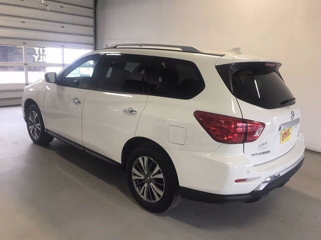 Used 2019 Nissan Pathfinder SV with VIN 5N1DR2MM4KC581600 for sale in Two Harbors, Minnesota